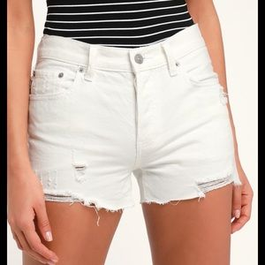 Free people white jean denim  shorts size 29!